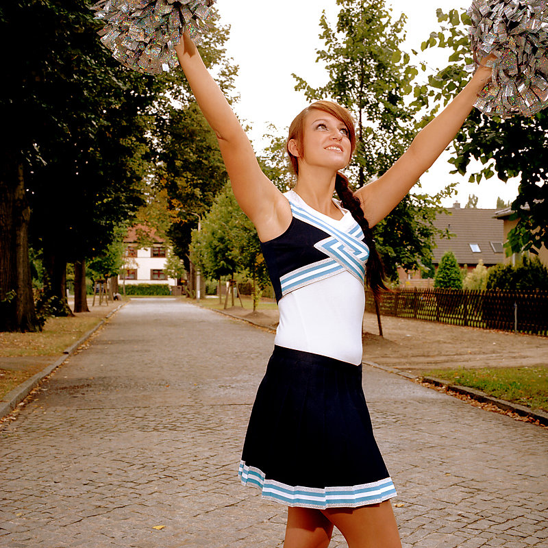 Cheerleader-5-by-Arne-Siemeit.jpg